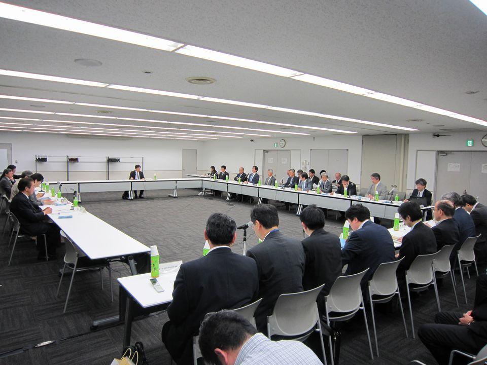 5月25日に開催された、「第2回 今後の医師養成の在り方と地域医療に関する検討会」