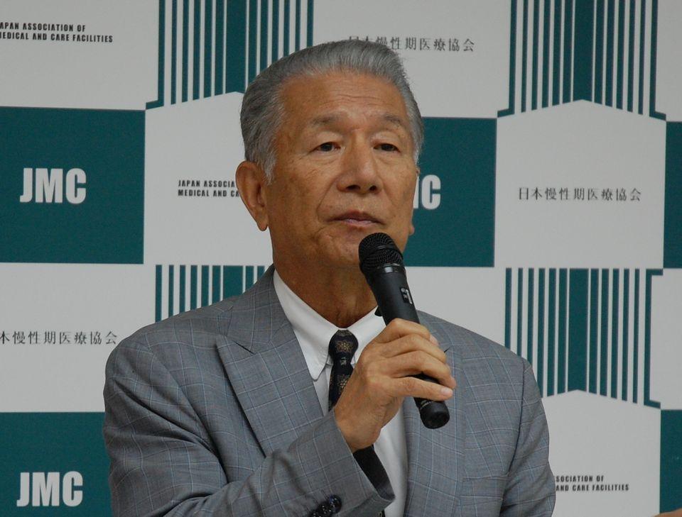 6月22日に定例記者会見に臨んだ、日本慢性期医療協会の武久洋三会長