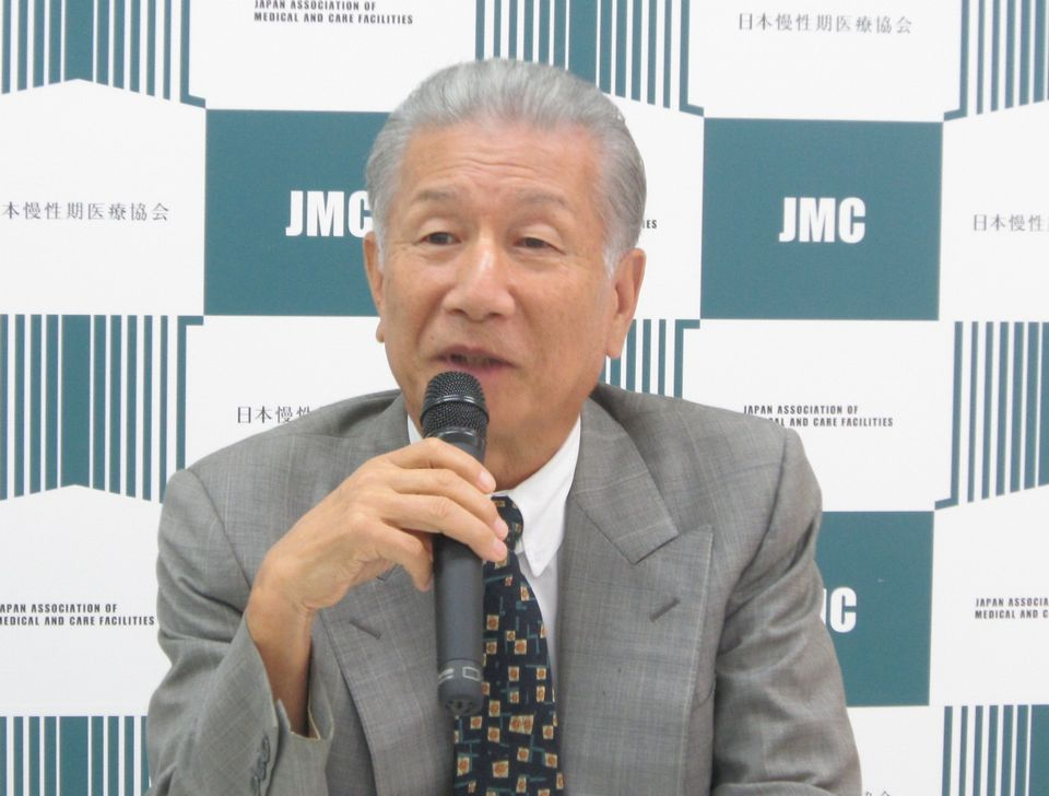 9月14日に定例記者会見に臨んだ、日本慢性期医療協会の武久洋三会長