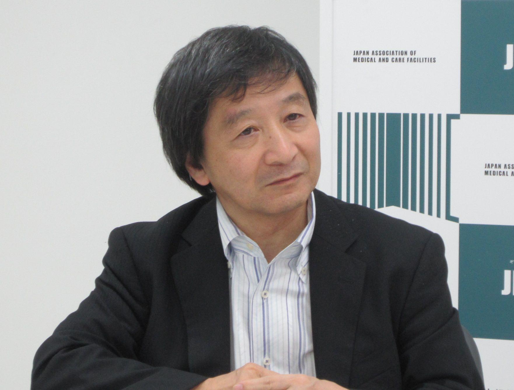 9月14日の定例記者会見に臨んだ、日本慢性期医療協会の池端幸彦副会長