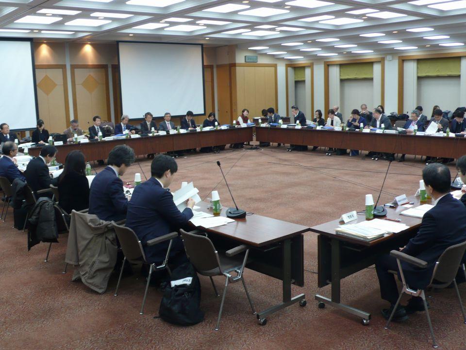 12月22日に開催された、「第5回 医師の働き方改革に関する検討会」