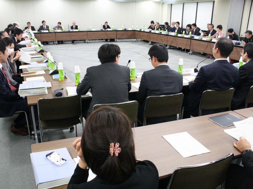 12月18日に合同開催した、「第5回 医療従事者の需給に関する検討会」と「第17回 医師需給分科会」