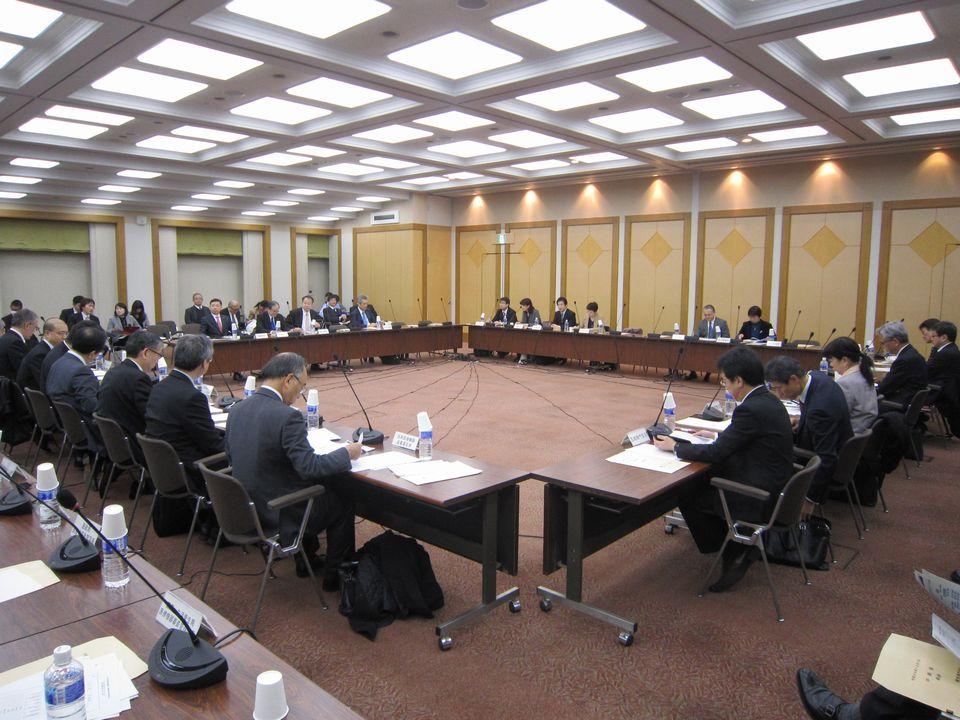 12月1日に開催された、「第89回 中央社会保険医療協議会 保険医療材料専門部会」