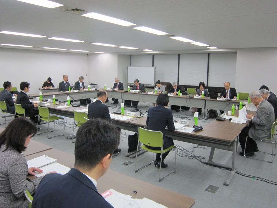 1月17日に開催された、「平成29年度 第1回 厚生科学審議会 疾病対策部会」