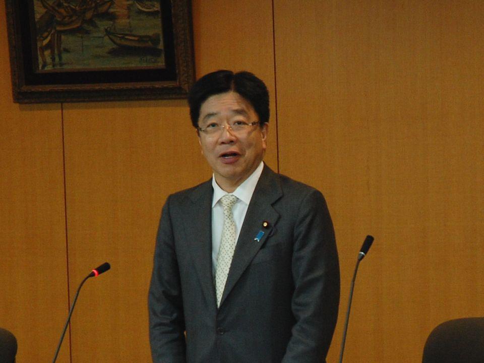 2月13日に開催された「第1回 ICT利活用推進本部」で、加藤勝信厚生労働大臣は、ICTの利活用を推進する意欲を述べた