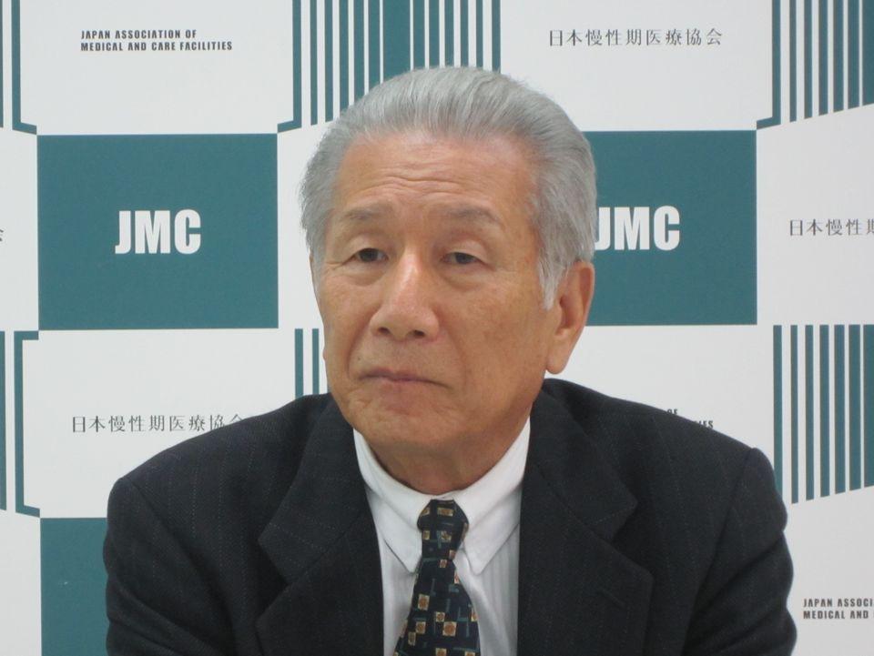 3月8日の定例記者会見に臨んだ、日本慢性期医療協会の武久洋三会長