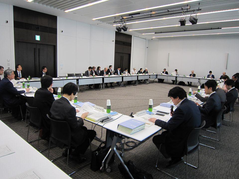3月23日に開催された、「第18回 医療従事者の需給に関する検討会 医師需給分科会」