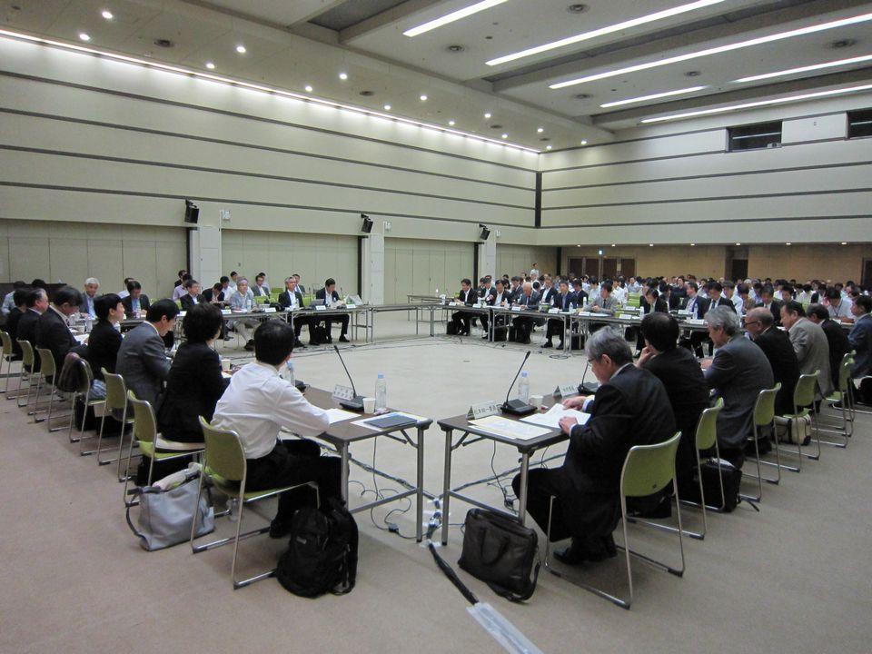 6月13日に開催された、「第8回 中央社会保険医療協議会 費用対効果評価専門部会・薬価専門部会・保険医療材料専門部会 合同部会」