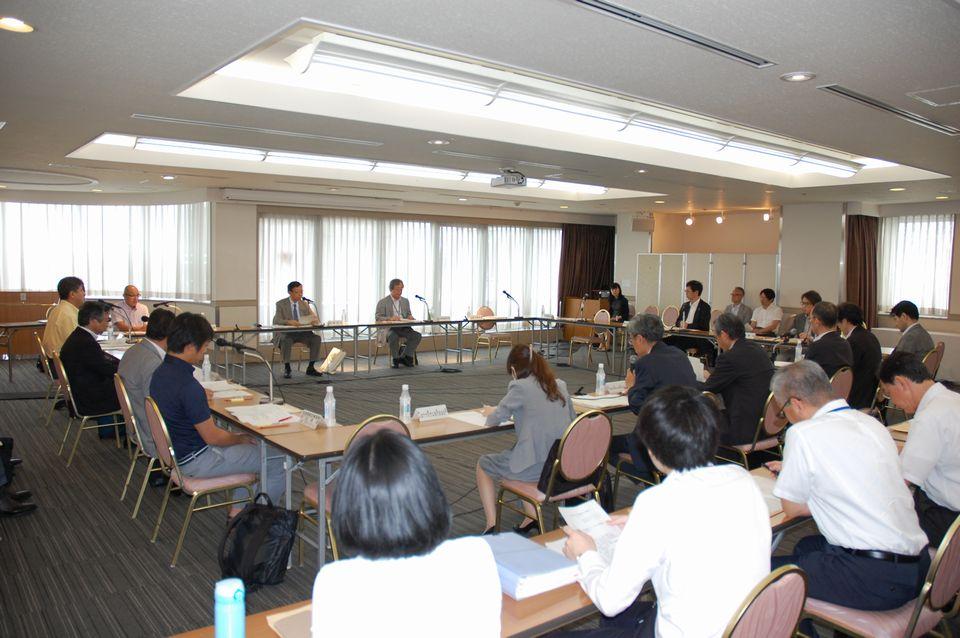 7月12日に開催された、「第5回 医療・介護データ等の解析基盤に関する有識者会議」