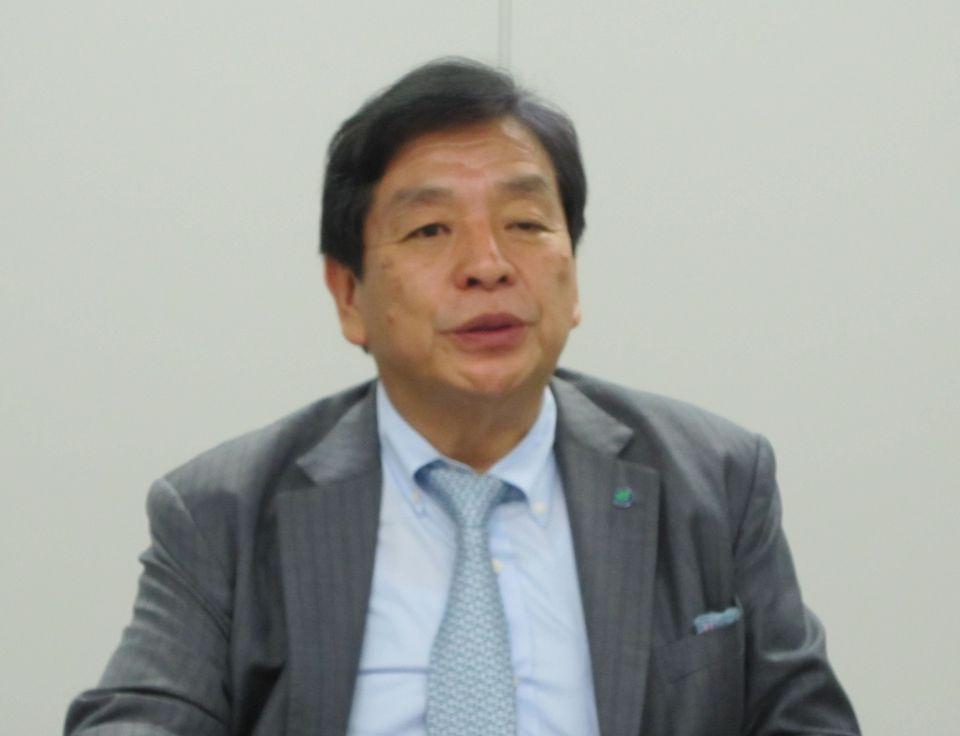8月22日、四病協総合部会終了後の記者会見に臨み、新専門制度のシーリングの在り方などに関する考えを説明した日本医療法人協会の加納繁照会長