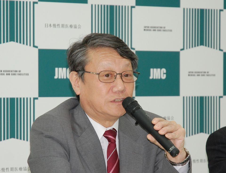 9月13日に定例記者会見に臨んだ、日本慢性期医療協会の矢野諭副会長