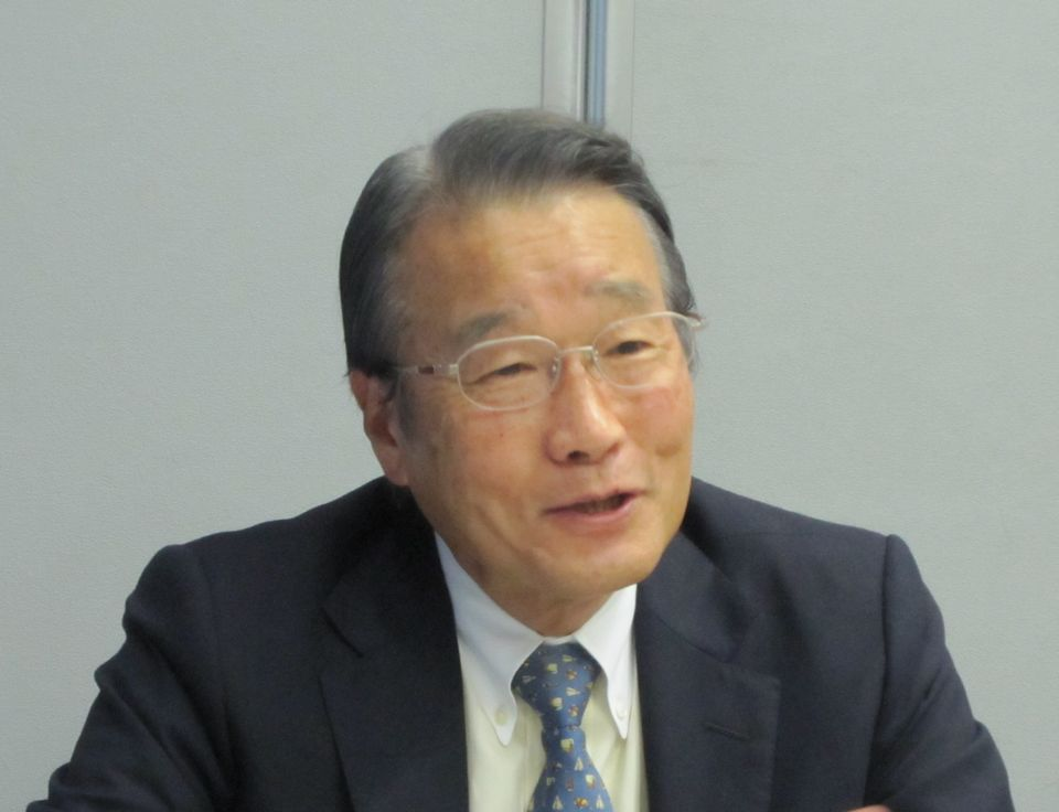 9月25日の定例記者会見に臨んだ日本専門医機構の寺本民生理事長(帝京大学・臨床研究センター長)