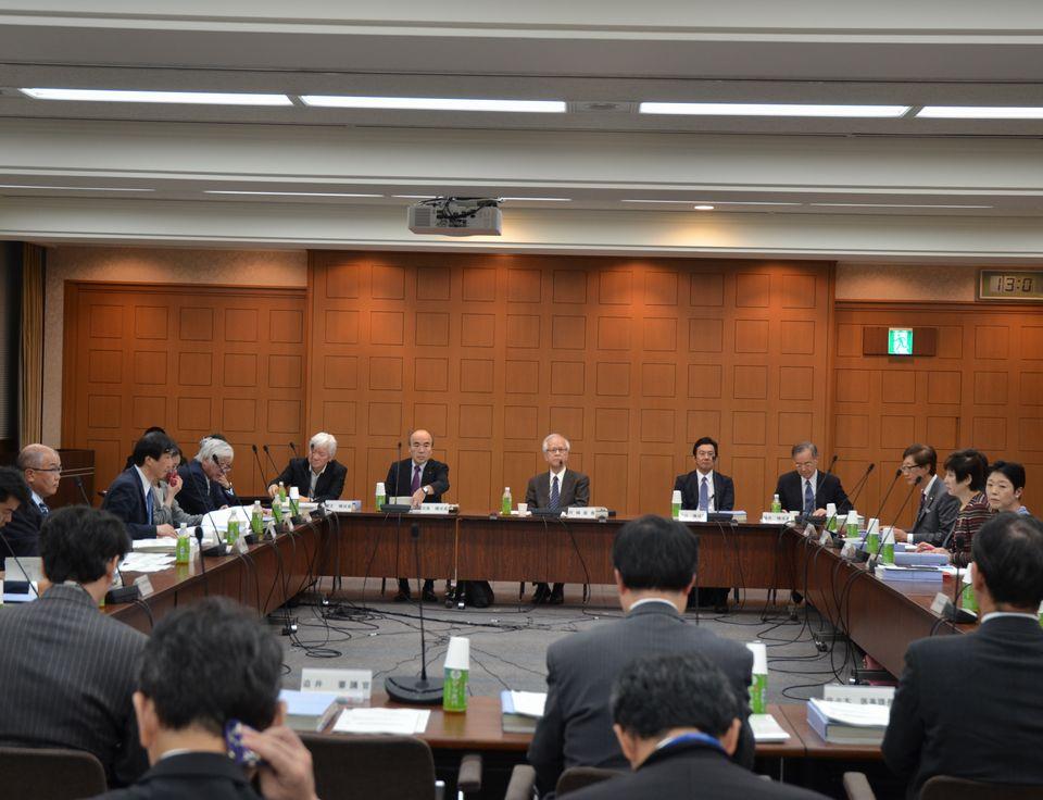 10月24日に開催された、「第23回 医療従事者の需給に関する検討会 医師需給分科会」