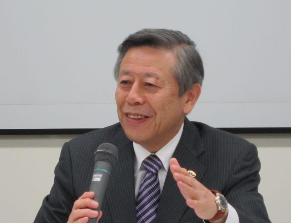 10月30日の定例記者会見に臨んだ、日本病院会の相澤孝夫会長(社会医療法人財団慈泉会相澤病院理事長)