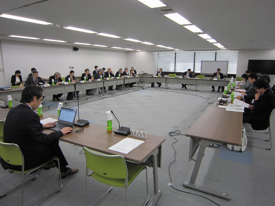 11月16日に開催された、「第15回 特定機能病院及び地域医療支援病院のあり方に関する検討会」