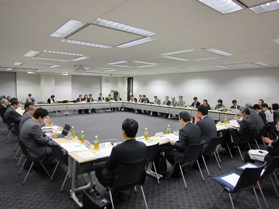 11月19日に開催された、「第12回 医師の働き方改革に関する検討会」