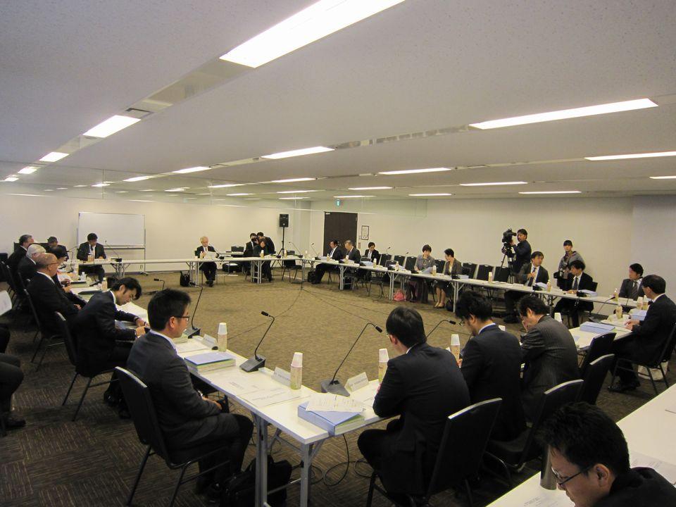 11月28日に開催された、「第24回 医療従事者の需給に関する検討会 医師需給分科会」