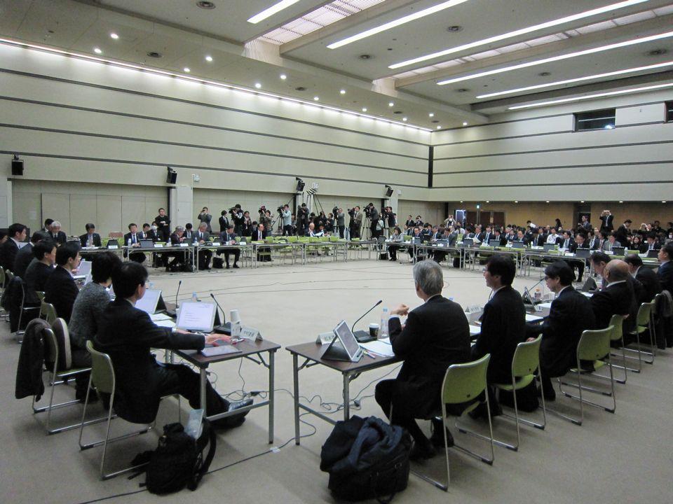 12月19日に開催された、「第404回 中央社会保険医療協議会 総会」