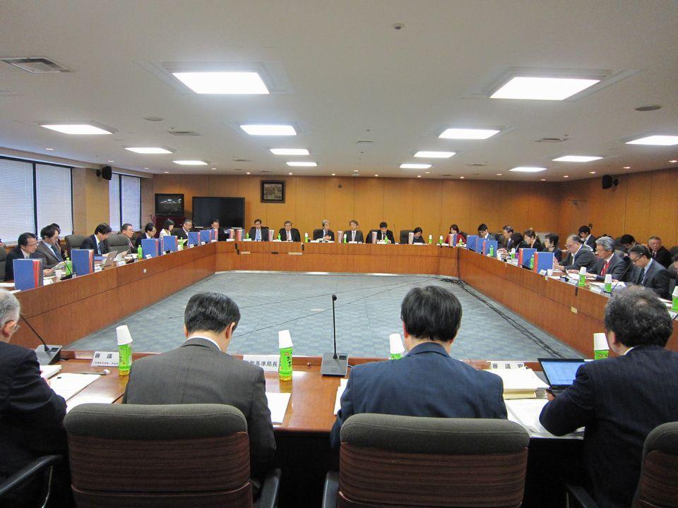 1月21日に開催された、「第17回 医師の働き方改革に関する検討会」