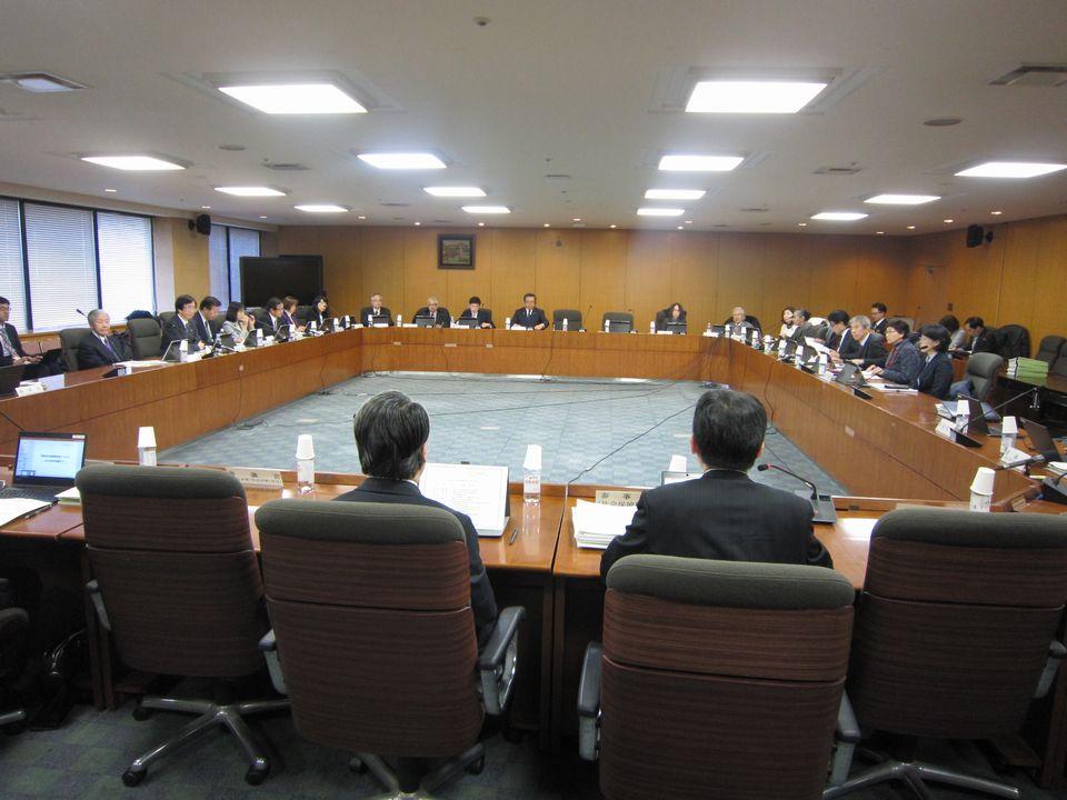 2月1日に開催された、「第28回 社会保障審議会」