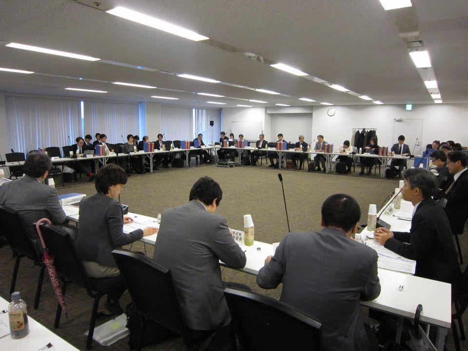 2月6日に開催された、「第18回 医師の働き方改革に関する検討会」