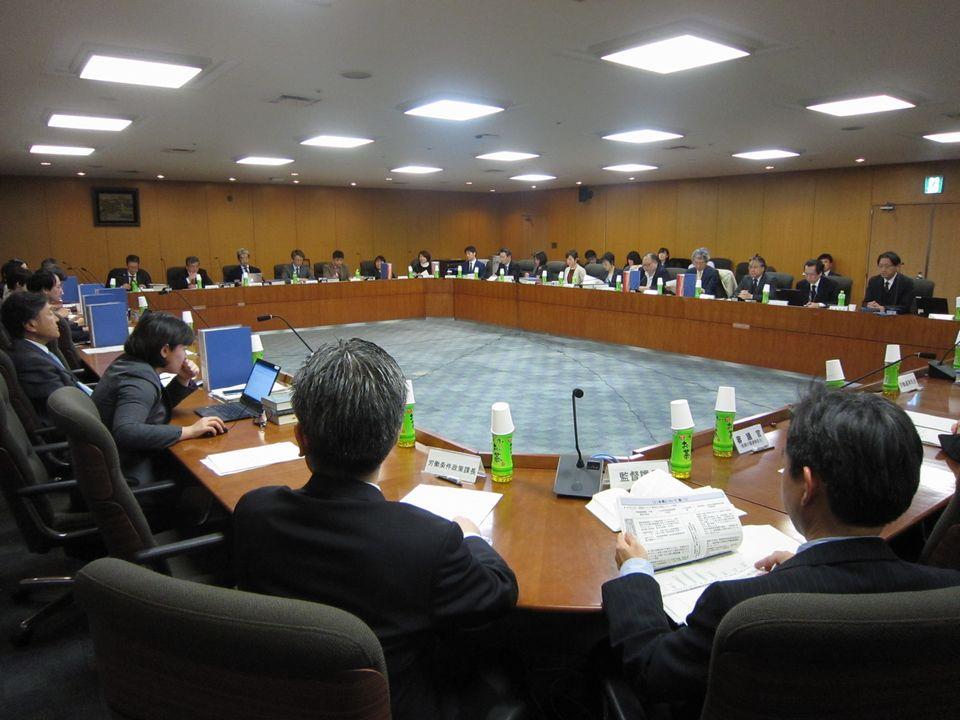 2月20日に開催された、「第19回  医師の働き方改革に関する検討会」
