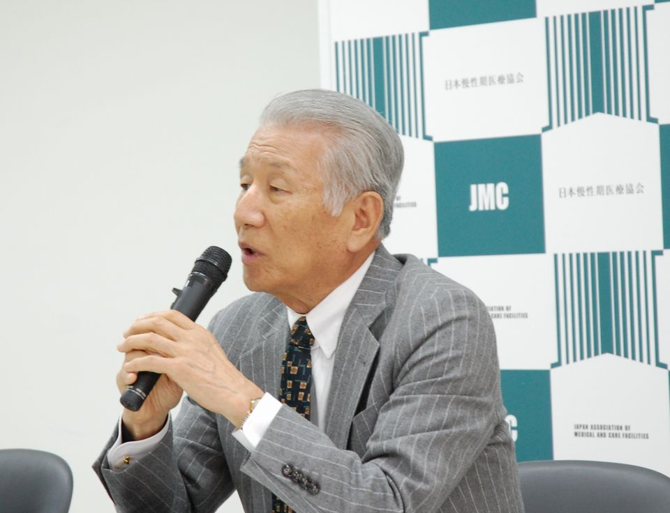 3月14日に定例記者会見に臨んだ、日本慢性期医療協会の武久洋三会長