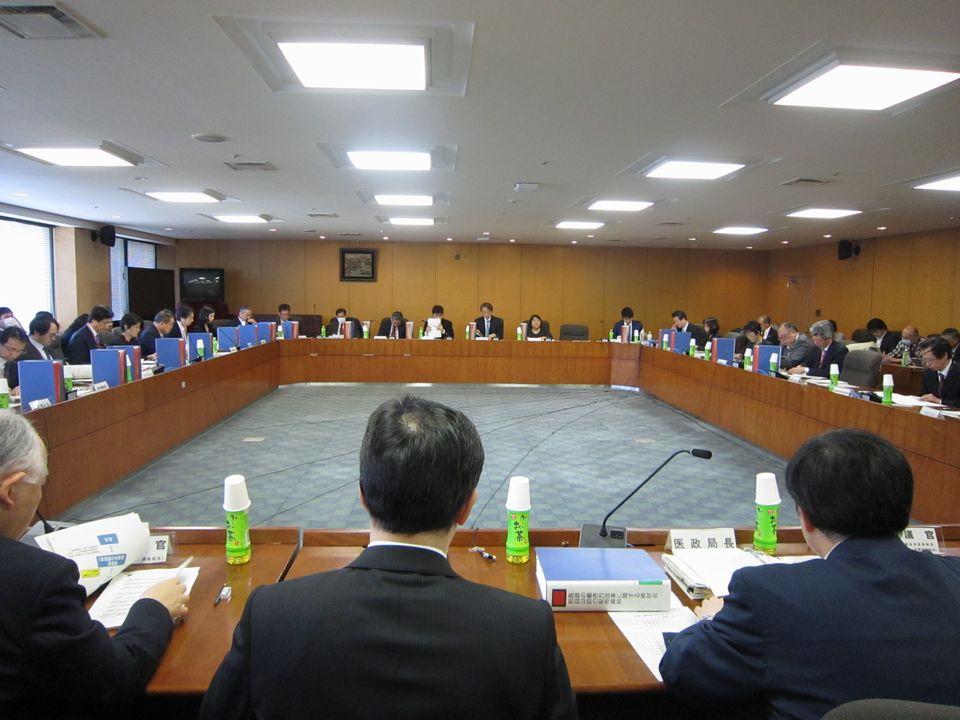 3月15日に開催された、「第21回 医師の働き方改革に関する検討会」