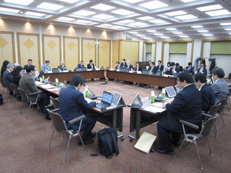 3月18日に開催された、「第8回 在宅医療及び医療・介護連携に関するワーキンググループ」
