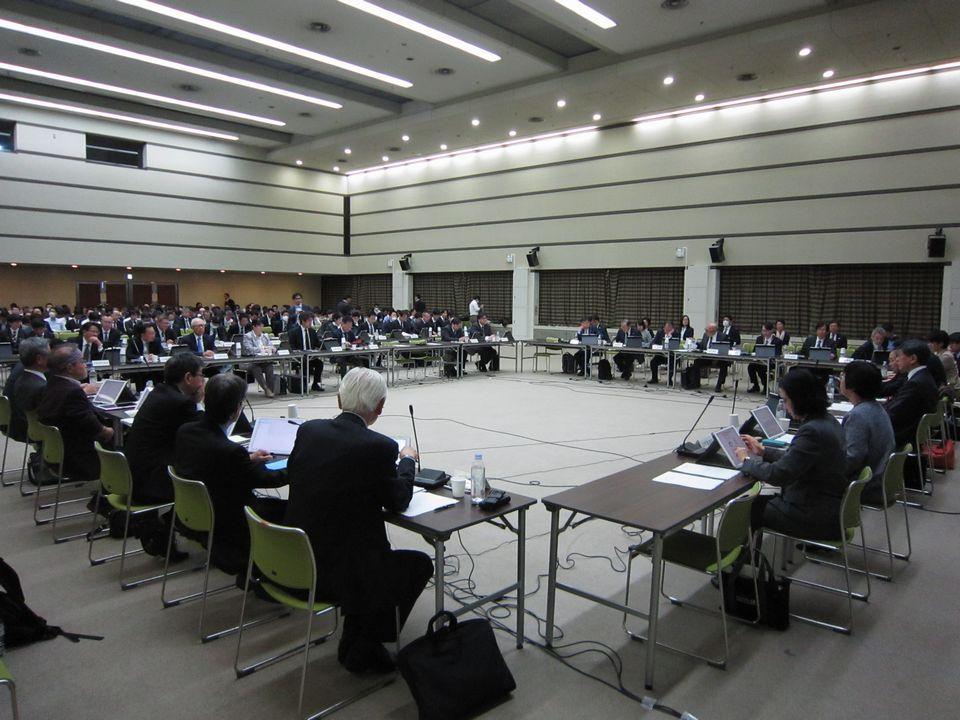 3月27日に開催された、「第19回 中央社会保険医療協議会 費用対効果評価専門部会・薬価専門部会・保険医療材料専門部会 合同部会」