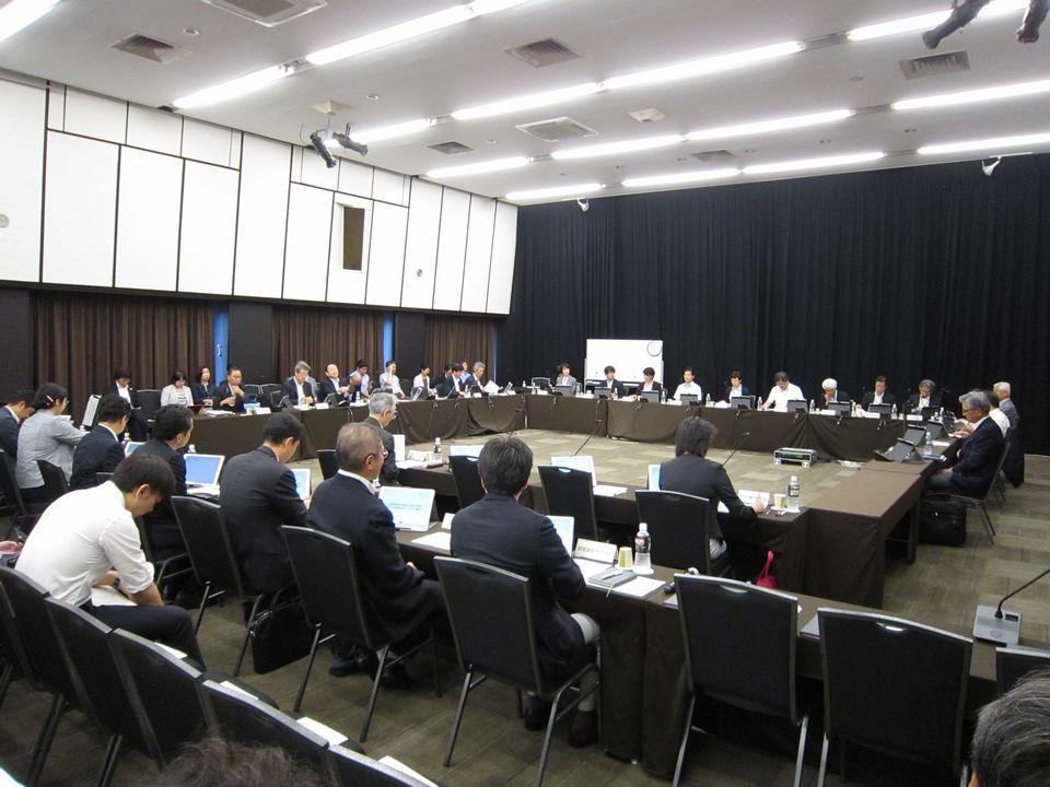 8月28日に開催された、「第196回 中央社会保険医療協議会 診療報酬基本問題小委員会」