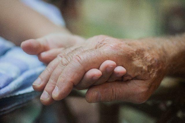 2019年10月からの特定処遇改善加算、経験・技能ある介護職員を最優先に―2019年度介護報酬改定QA(2)